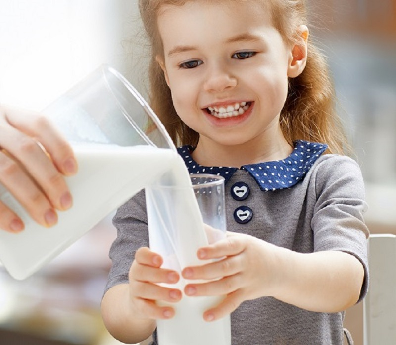 sữa tươi nhập khẩu cho bé
