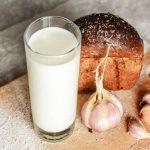 Sữa tỏi phương thuốc bí truyền được kết họp từ sữa tươi và tỏi