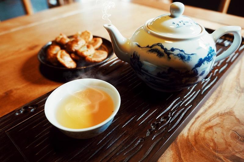 Uống trà guta food